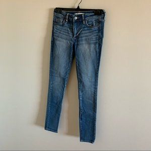 Abercrombie & Fitch High Rise Skinny Jeans